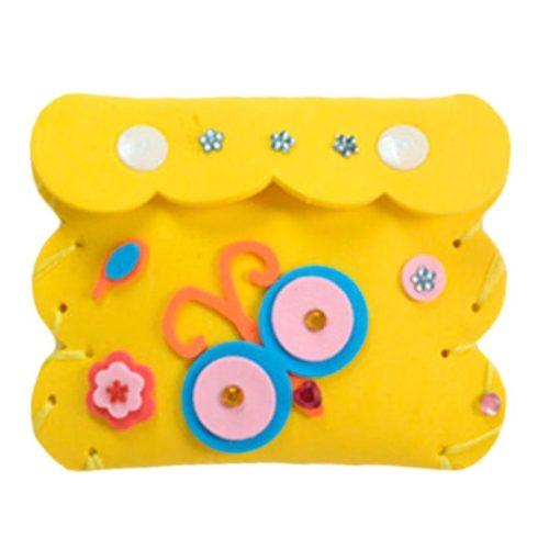 Habszivacs alapanyagból összeállítható kis játék tárca