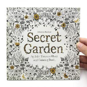 Johanna Basford Titkos kert felnőtt színező könyv