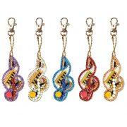 Violinkulcs gyémántszemes kirakó kulcstartók